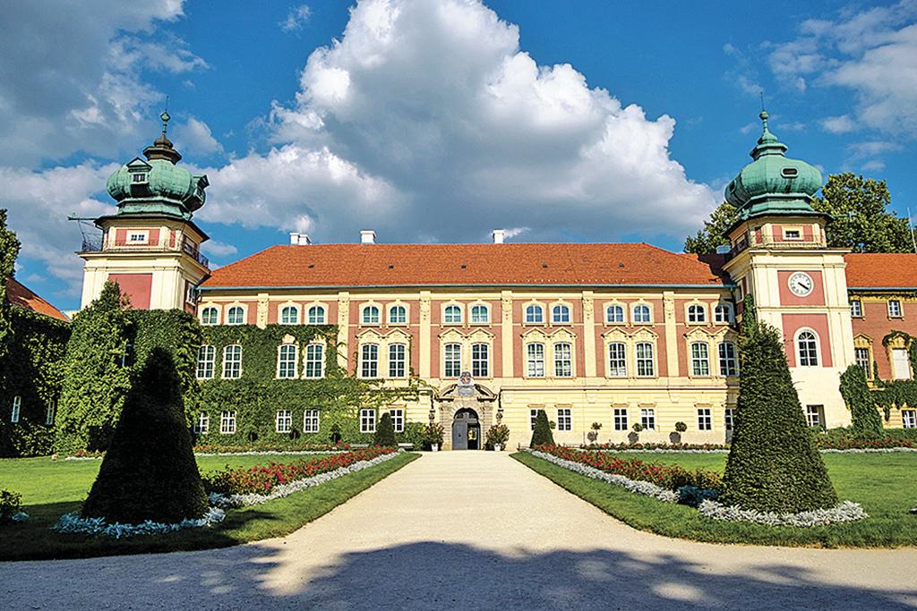 Замок Любомирських у Ланцуті