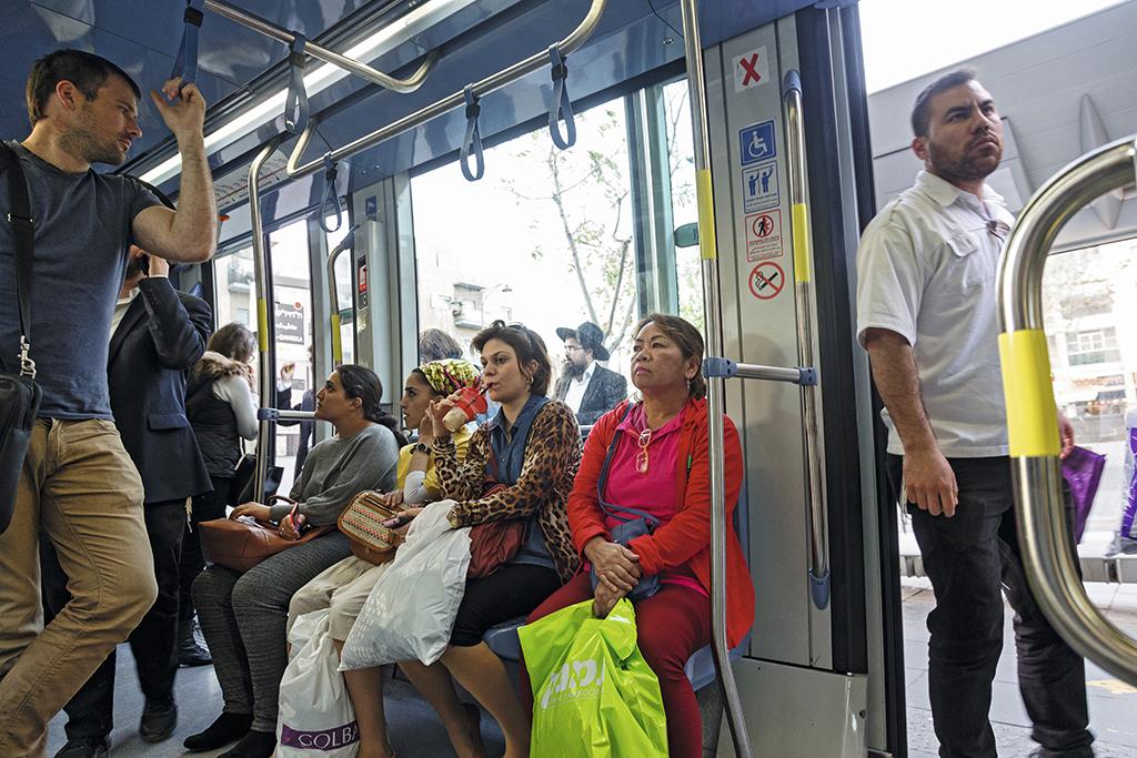 В Єрусалимському трамваї