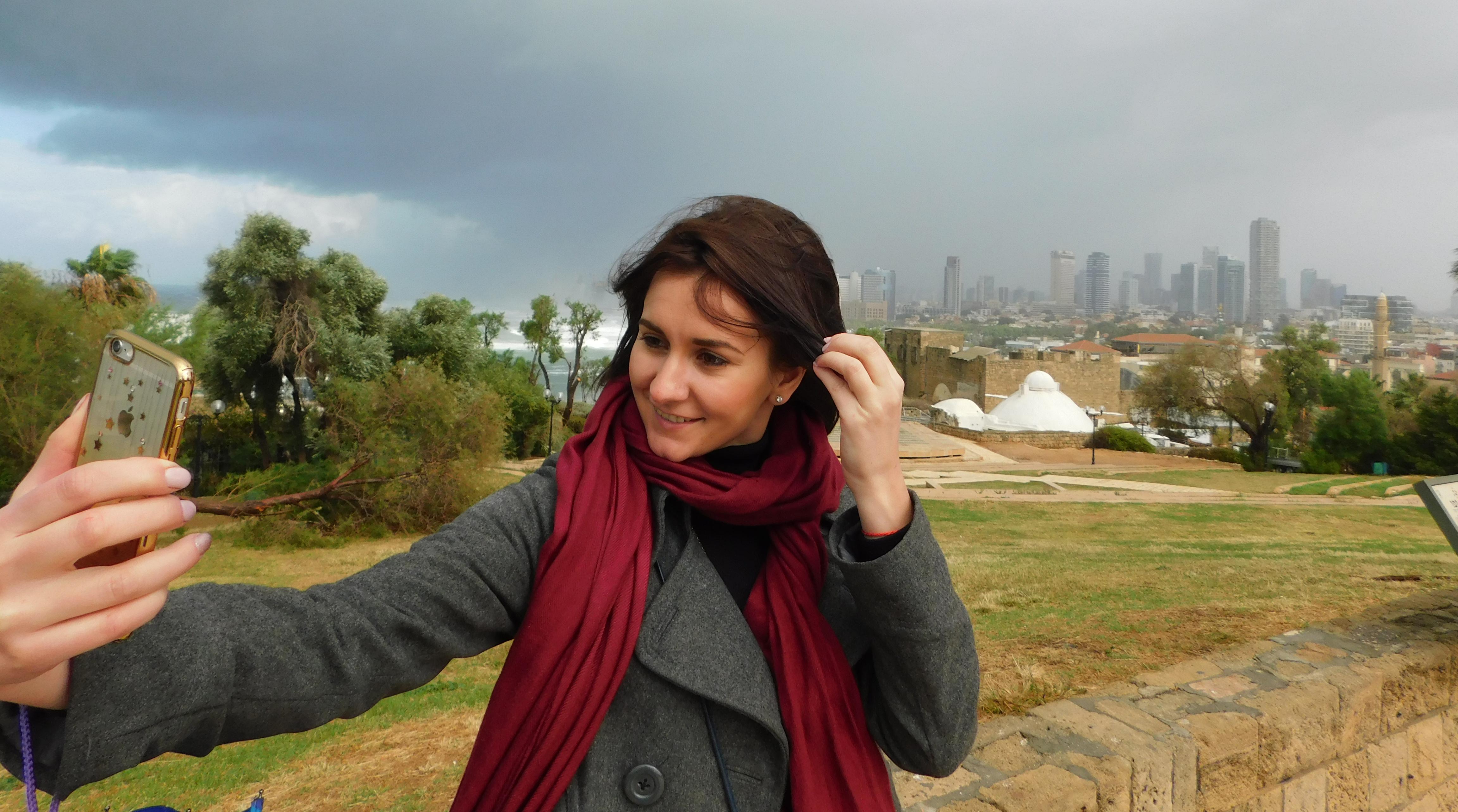 Селфі в Яффі з видом на набережну Тель-Авіва