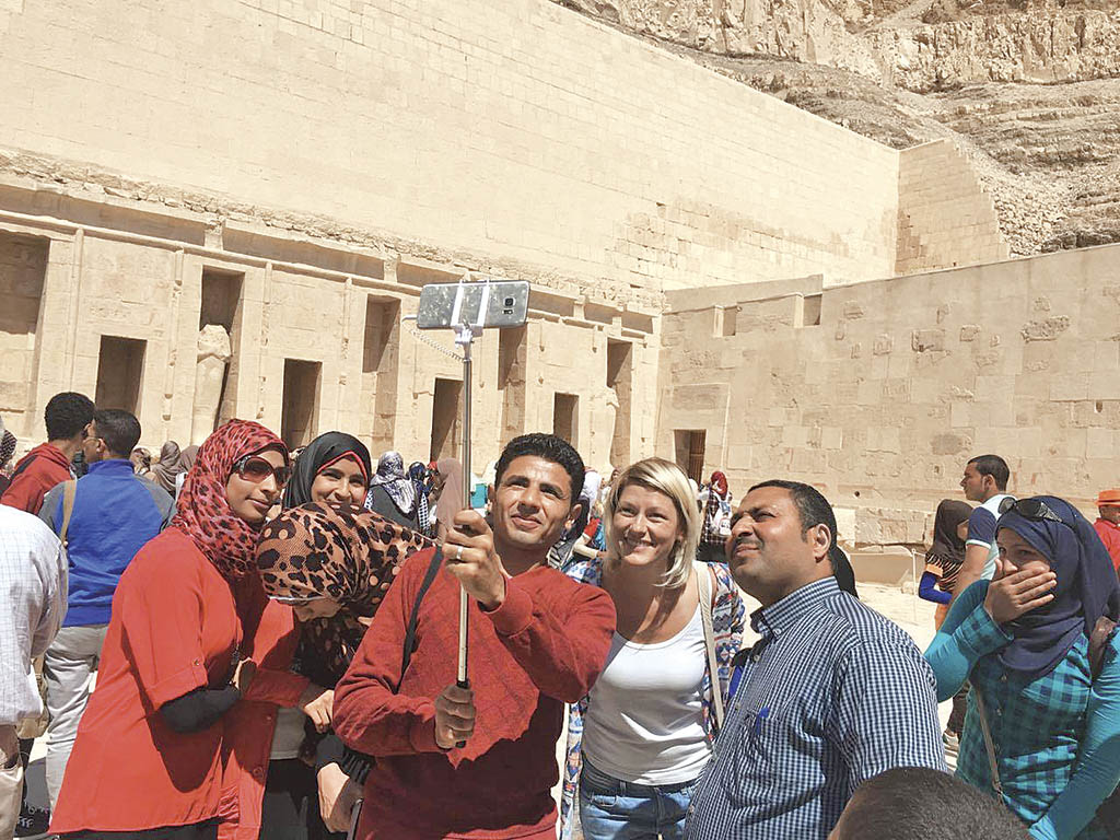 Автор статті з єгиптянами