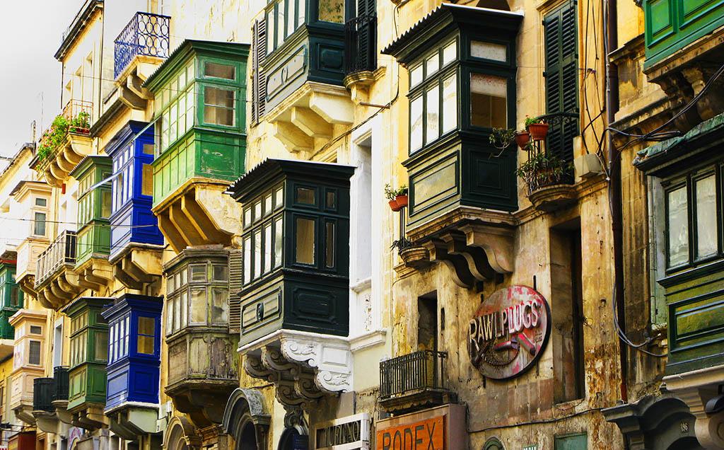 1 Balcony_31