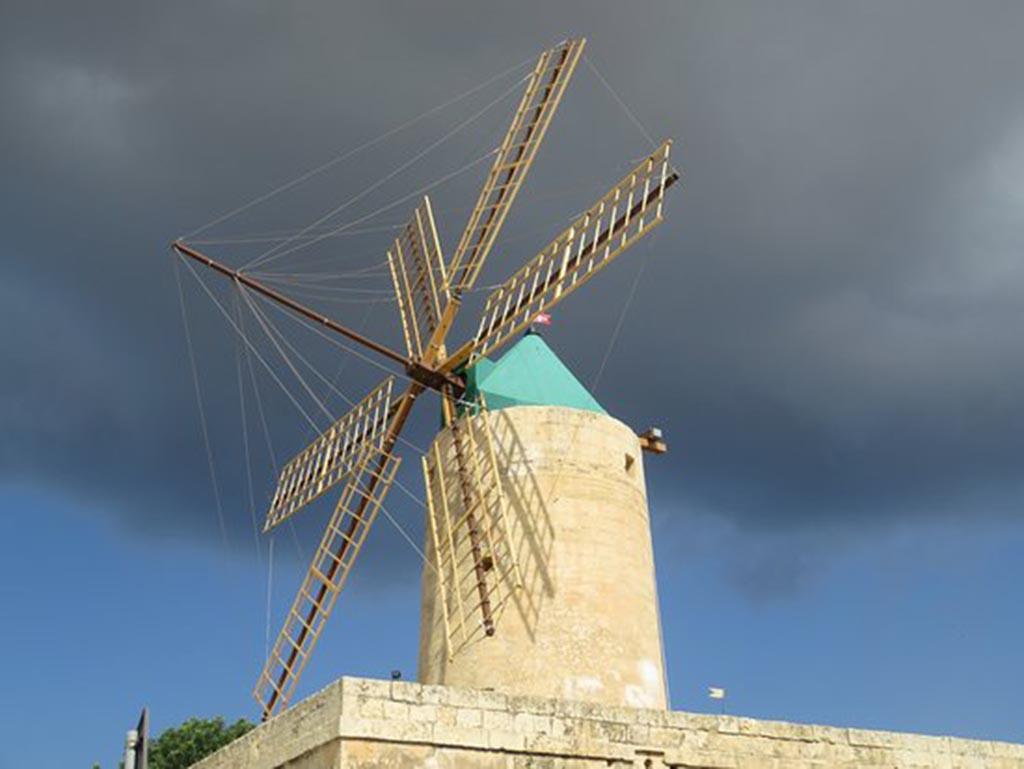 1 ta-kola-windmill