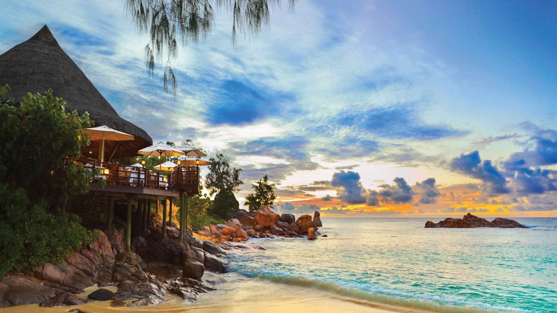 island-cafe-island-hopping-seychelles