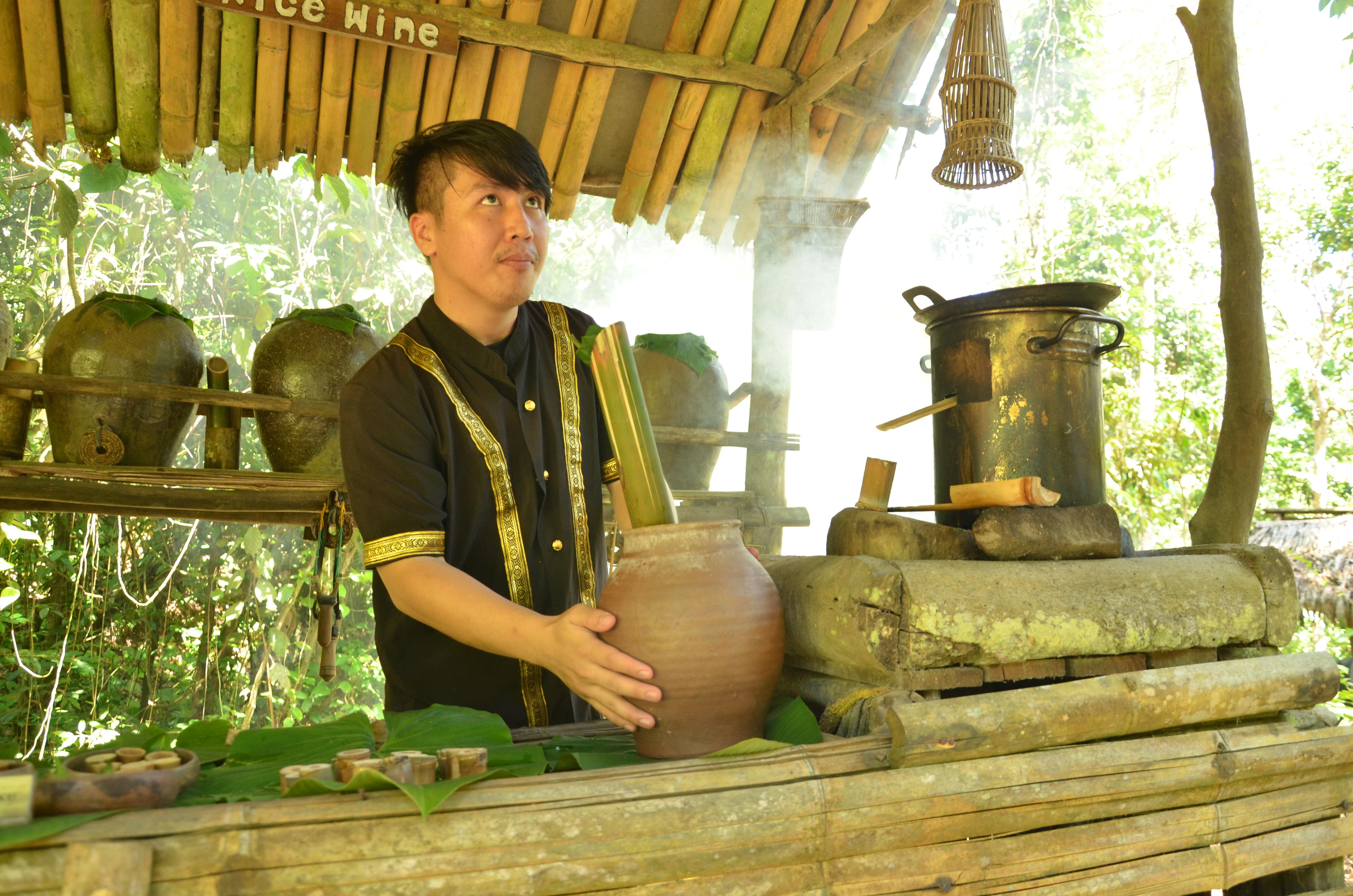 Приготування традиційної їжі у селищі Марі-Марі